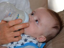 How To Prepare, Preserve, And Serve Formula Milk