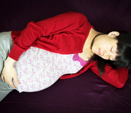 Sleeping During Pregnancy – Challenges And Experienced Solutions